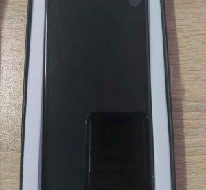 oled-дисплей-iphone-xs (1)