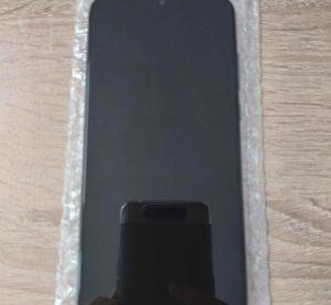 original-display-huawei-honor-20-lite-2-768x1024