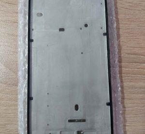 рамка-телефон-xiaomi-redmi-6-pro (1)