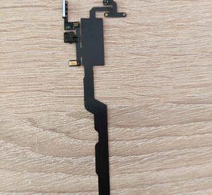 сензор-за-близост-яркост-iphone-xs